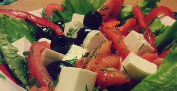 Можно кормящей маме листья салатов