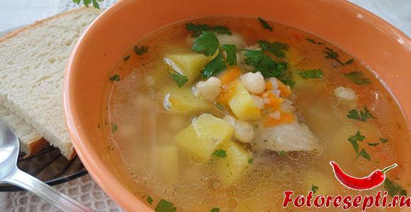 фасолевый суп, фото