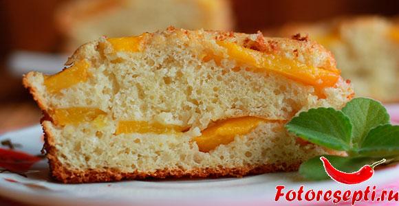 Пирог с персиками, фото