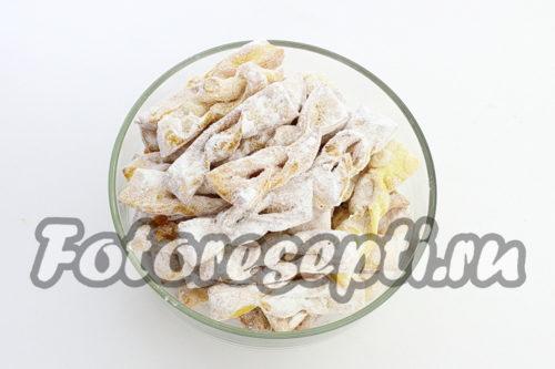 хворост в сахарной пудре