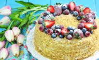"""Торт """"Медовик"""": классические рецепты с фото пошагово"""