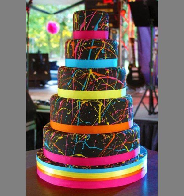 Неоновый торт