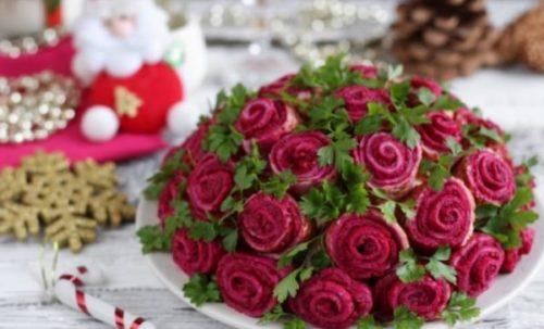 Праздничный салат «Букет роз»: