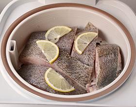 рыба на пару готовится