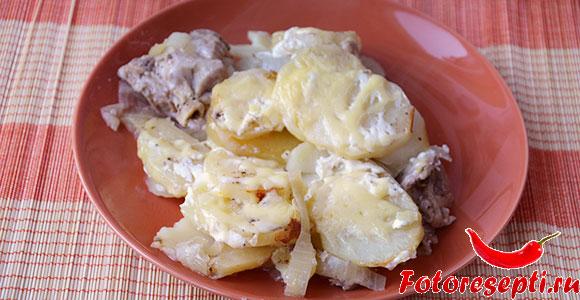 запеченная картошка с курицей в духовке