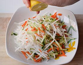 готовим салат с редькой