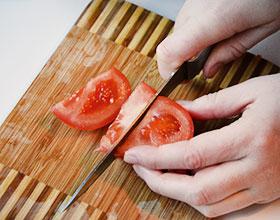 помидор на дольки