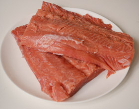 красная рыба разделанная