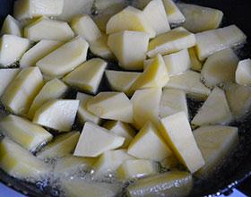 картофель в масле