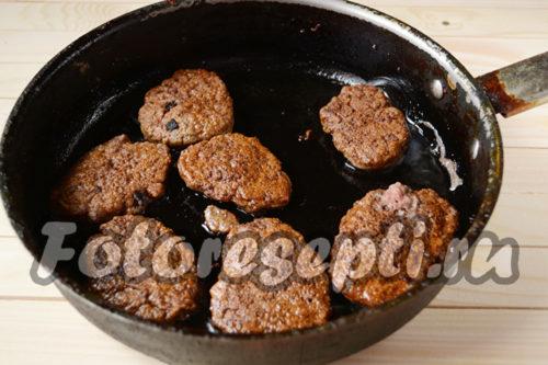 пожарить печеночные оладьи на сковороде