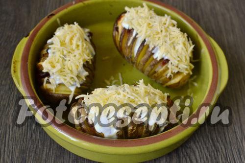 посыпать картофель третым сыром