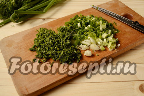 нарезать зелень для супа
