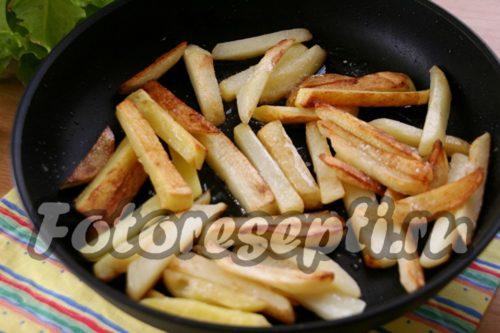 продолжаем жарить картофель