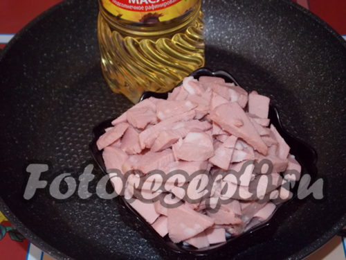 нарезанная колбаска