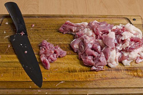 Измельчаем мясо