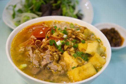 Суп из вяленой говядины и пекинской капусты