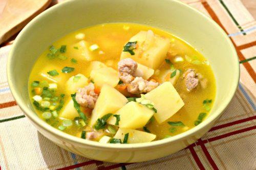 Картофельно-овощной суп с мясом