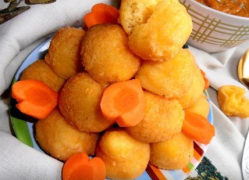 Сырные шарики жареные во фритюре