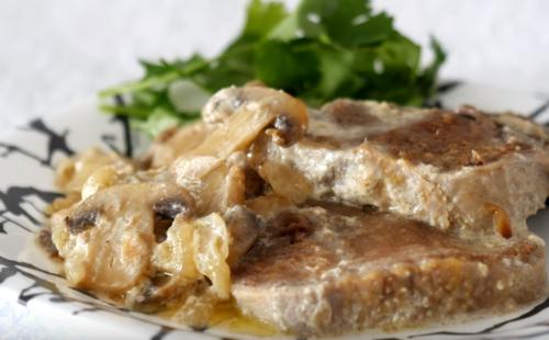 Горячее блюдо «Язык в сливках»