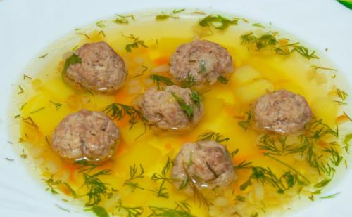 Картофельный суп с фрикадельками