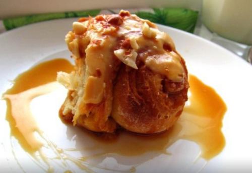Соул булочки «Синнабон» с карамелью