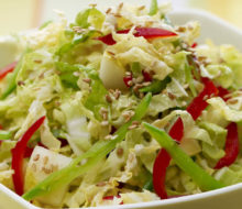 Простые и вкусные новые рецепты салатов из пекинской капусты